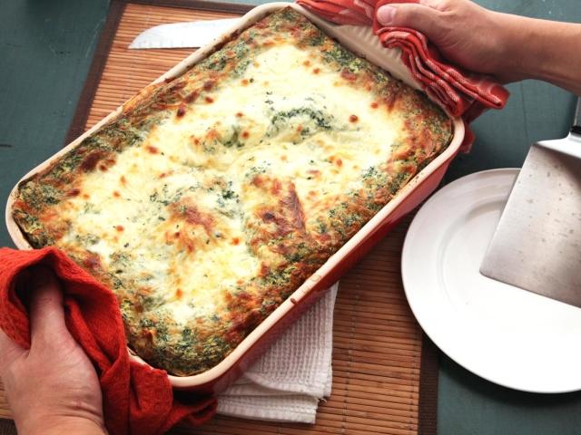 Як смачно приготувати лазанью: кращі рецепти. Тісто і соус бешамель, болоньезе для лазаньї: рецепт. Класична Лазанья з куркою і грибами, лінива з лавашу, з фаршем та сиром, овочева, картопляна, кабачків, баклажанів, сиром: рецепт