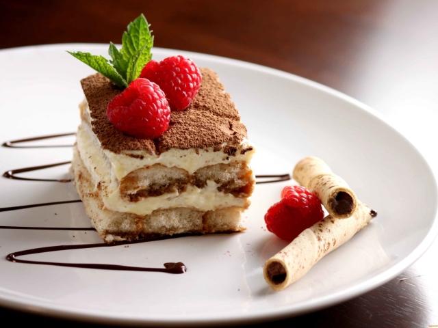 Як і чим просочити покупні бісквітні коржі для торта: рецепт сиропу. Чим просочити вафельні, медові, шоколадні, листкові коржі для торта Наполеон перед кремом, щоб вони були соковиті: найкращі рецепти просочень. Маскарпоне — як просочити коржі: р