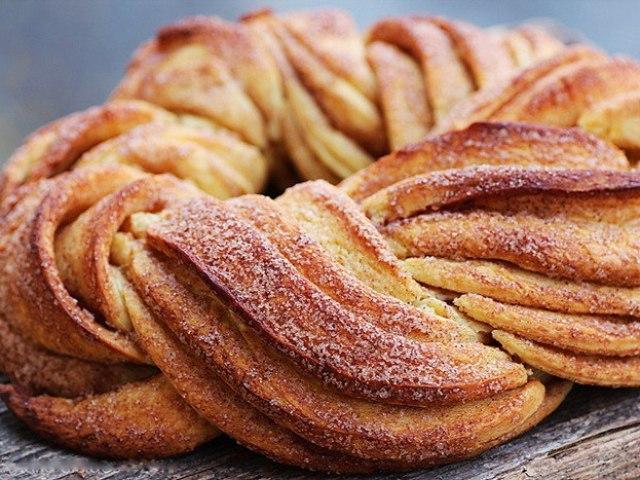 Як зробити бездріжджове тісто на пиріжки, пироги, булочки, слойки, для піци, хліба: кращі рецепти. Як зробити бездріжджове тісто пісне, заварне, листкове, пишне на сметані, молоці, сироватці, кефірі, мінералці, воді: рецепти