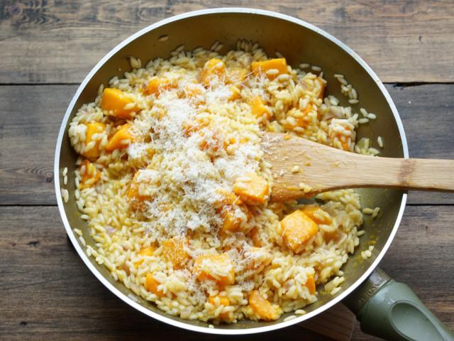 Кращі рецепти різотто. Як приготувати різотто з морепродуктами, куркою, овочами, грибами, м'ясом, індичкою, рибою, сиром в домашніх умовах: рецепти