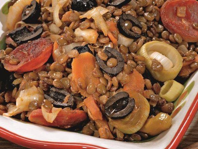 Як смачно приготувати сочевицю? Кращі рецепти салатів і других страв із зеленої, жовтої, червоної і коричневої сочевиці. Як приготувати смачні другі страви з сочевиці в мультиварці?
