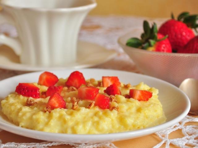 Як смачно приготувати пшеничну кашу з фруктами, овочами, куркою і рибою? Як готувати розсипчасту пшеничну кашу в мультиварці?