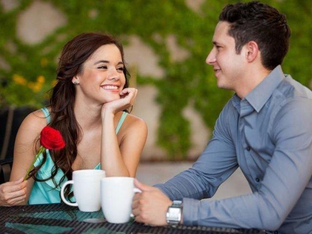 Як навчитися підтримувати бесіду з чоловіком, хлопцем, дівчиною, у знайомій і незнайомій компанії? Питання і фрази, що підтримують бесіду: список