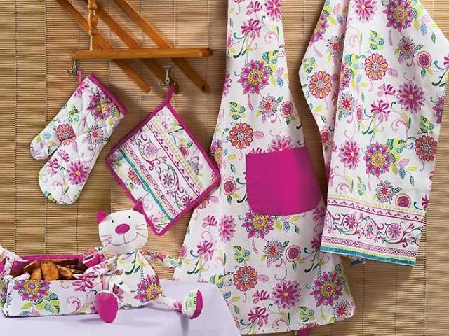Як зшити гарне кухонне рушник своїми руками подарунок для початківців: ідеї, розміри, тканина, фото. Як зшити вафельний кухонний рушник Матрьошка: викрійки, фото