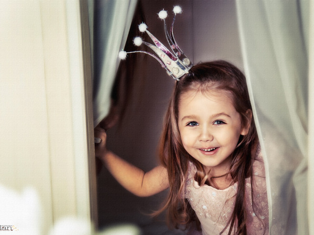 Як зробити дитячий карнавальний костюм принцеси для дівчинки? Як зробити костюм принцеси Софії, східної, Ельзи, Жасмин, Ганни, Леї, Аврори, Рапунцель?