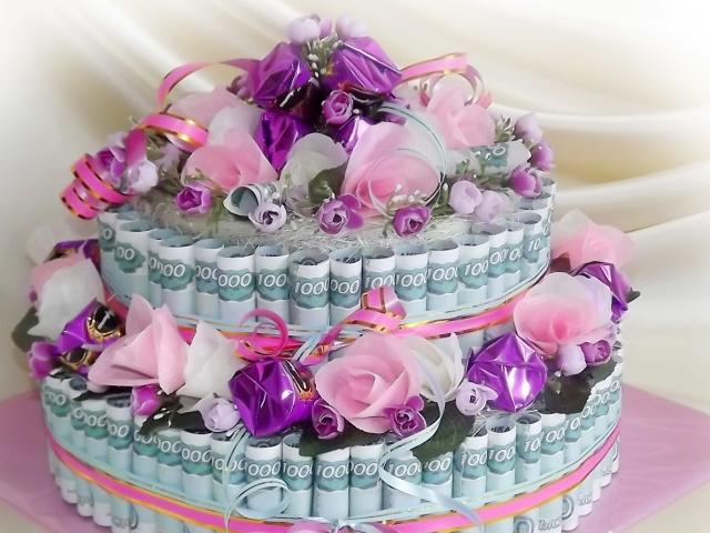 Торт з грошей своїми руками на весілля, ювілей, День народження з привітаннями: ідеї, схема, опис. Як зробити грошовий торт з грошових купюр своїми руками: покрокова інструкція