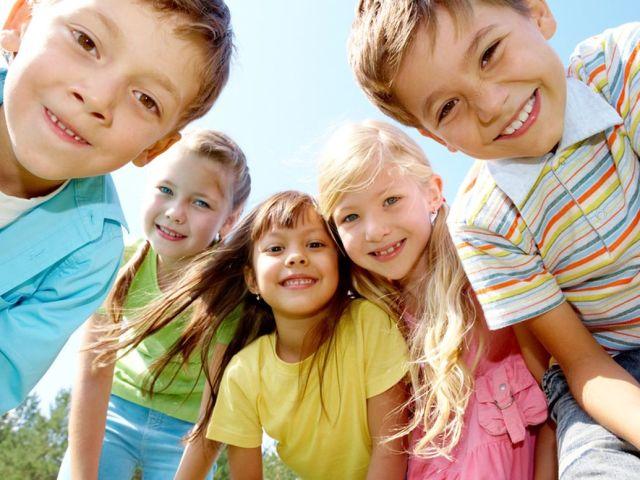 Цікаві ігри та конкурси на первинне знайомство та вторинне закріплення знайомства в таборі для дітей молодших загонів: 10 кращих ігор та конкурсів