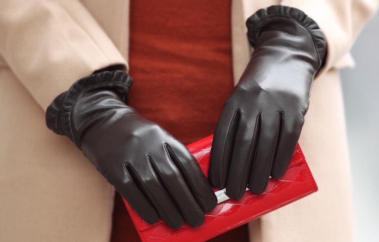 Як купити хороші шкіряні і замшеві жіночі і чоловічі рукавички на Ламода? Як купити жіночі і чоловічі рукавиці на хутрі на Ламода?