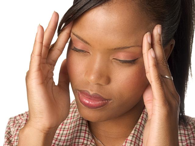 Голова болить у скронях – причини: що робити, як позбутися від болю в скронях? Чому болить правий і лівий висок голови у чоловіків, жінок, при вагітності, у дітей: причина, лікування таблетками і народними засобами