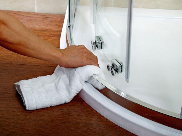 Як очистити душову кабіну за допомогою домашніх засобів? Як відмити душову кабіну від нальоту, плям фарби, іржі, плісняви народними і спеціальними засобами: опис способів, інструкція