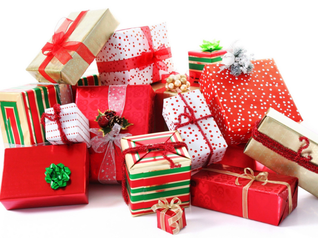 Подарунки на Новий рік з Алиэкспресс: ідеї. Що подарувати на Новий рік мамі, татові, сестрі, братові, дитині, подрузі, хлопцю, дівчині з Алиэкспресс?