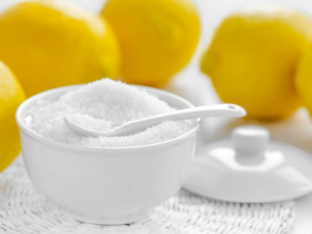Лимонна кислота харчова: характеристика, користь і шкода