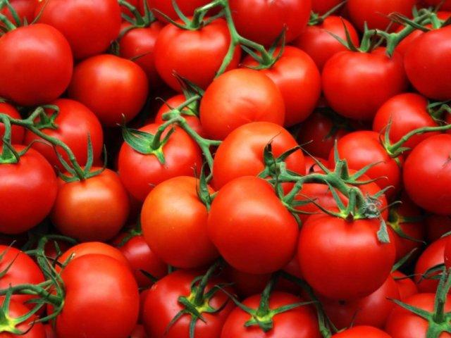 Калорійність свіжого помідора і після теплової обробки