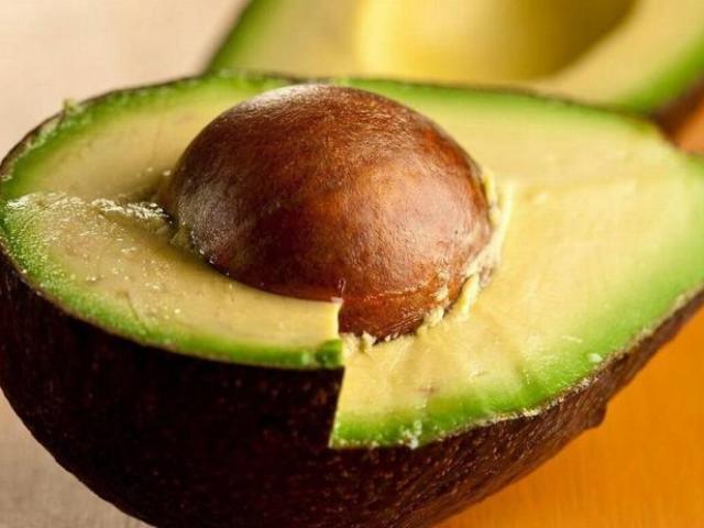 Що робити з кісточкою авокадо, можна її їсти людям? Кісточка авокадо: лікувальні властивості, користь і шкоду для організму людини. Кісточка, ядро авокадо: рецепти приготування, вироби, маска для обличчя
