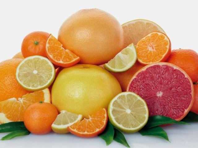 Можна чи не можна їсти вагітним хурму, цитрусові, апельсини, мандарини, лимон, грейпфрут? Чи можна вагітним пити чай з лимоном і імбиром?