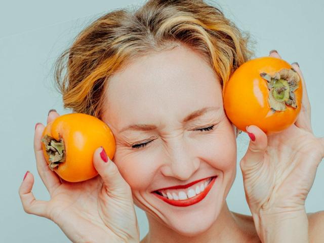 Що робити, як є, якщо хурма сильно в'яже рот? Як вибрати хурму, яка не в'яже: поради, сорту не в'язкому хурми. Яка хурма корисніше, яка в'яже чи ні?