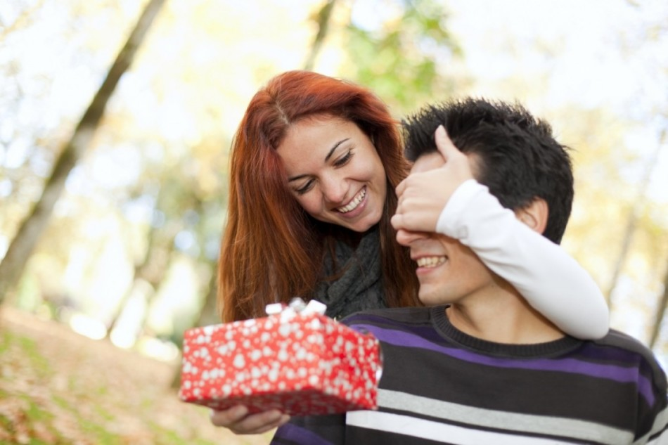 Подарунки чоловікам за знаками зодіаку на день народження, на свято