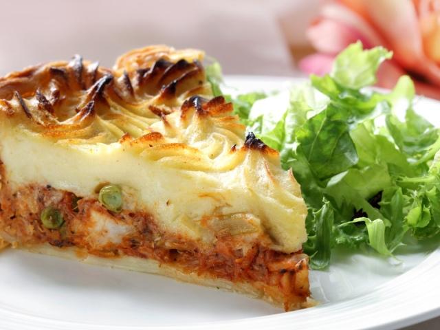 Пироги з капустою: листкові, заливні, млинцеві. Як приготувати капустяний пиріг?