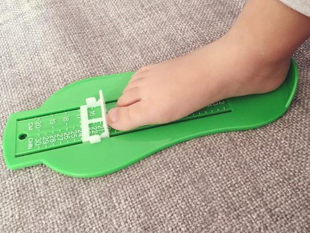 Розмір ноги, стопи в сантиметрах і взуття: таблиця для дітей, чоловіків і жінок. Як правильно виміряти стопу ноги в сантиметрах і визначити розмір взуття?