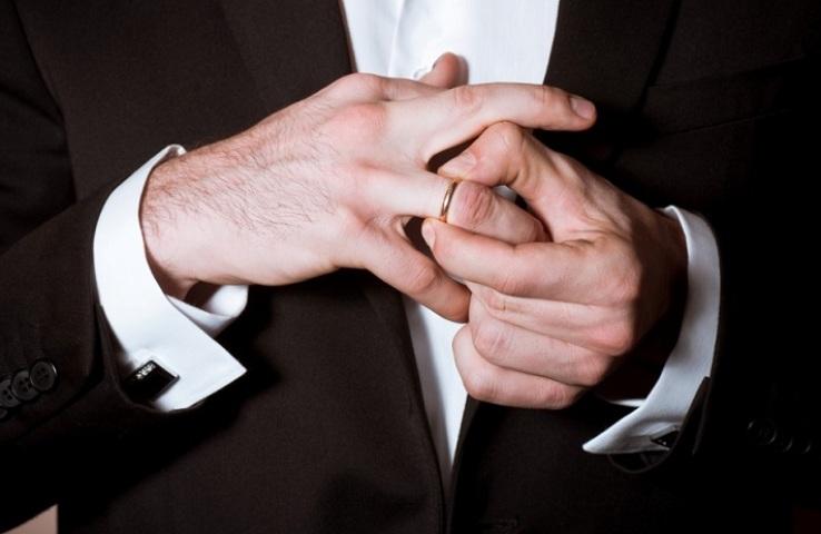 Як дізнатися одруженого чоловіка — ознаки: посібник для дівчат