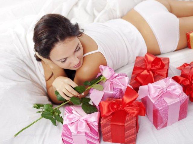 Як розвести чоловіка, хлопця на гроші і подарунки: поради психолога. Як розкрутити коханця на гроші?