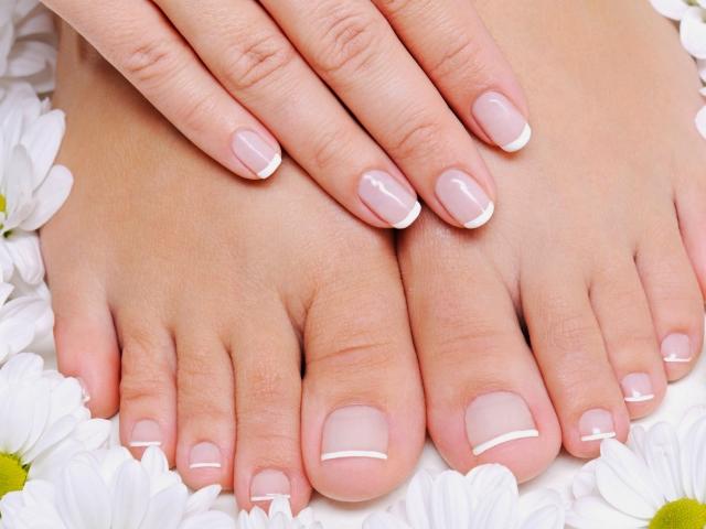 Деформація нігтів на руках і ногах: причини і лікування. Про що говорить деформація нігтя на великому пальці і мізинці ноги і руки?