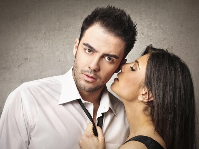 Ласкаві, ніжні, приємні слова коханому чоловікові: які і коли їх доречно говорити, приклади. Ласкаві, ніжні, приємні слова-компліменти: як правильно робити?