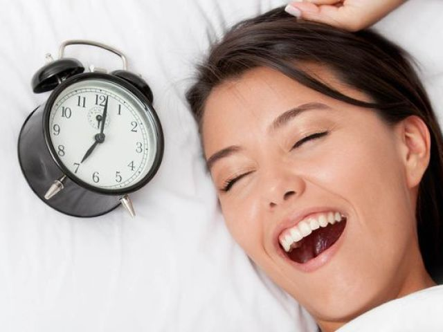 Як поліпшити сон дорослого, дитини, новонародженого, немовляти, літньої людини, як поліпшити якість сну? Як відновити режим сну, налагодити сон, як спати, щоб виспатися?