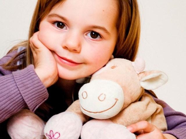 Що подарувати дівчинці в 5-7 років: список найкращих подарунків