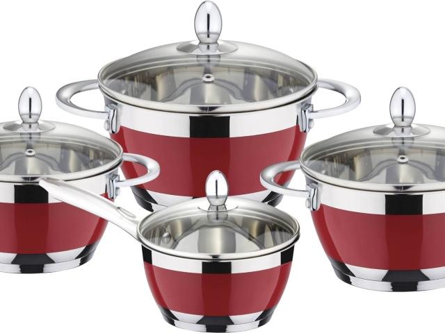 Чистка і виварювання посуду в домашніх умовах: способи, рецепти, корисні поради. Як і чим чистити посуд всередині і зовні? Як кип'ятити посуд від жиру і нагару з канцелярським клеєм, кальцинованої, харчовою содою, господарським милом: рецепти