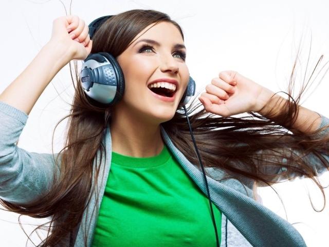 Найкращі навушники з Алиэкспресс: огляд, відгуки. Як замовити хороші навушники на Алиэкспресс: світяться, бездротові, для Айфона, арматурні, ігрові, спортивні, з мікрофоном?