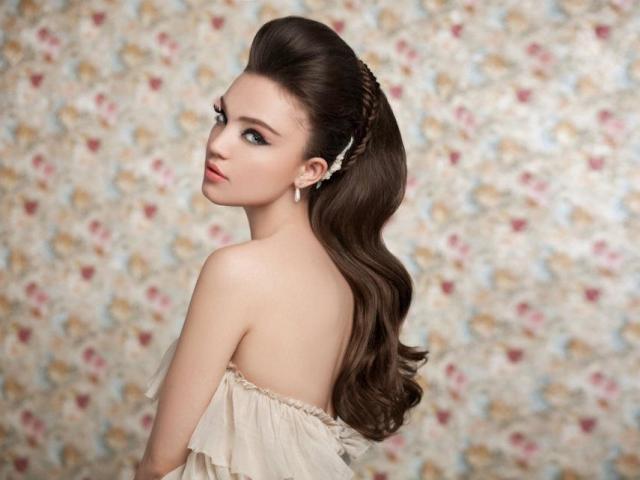 Зачіски з начосом на довгі, середні і короткі волосся: опис, схеми, фото. Як правильно начесать волосся: поради та рекомендації