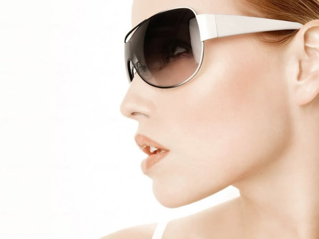 Як підібрати сонячні окуляри за формою обличчя для жінок? Як правильно вибрати хороші сонцезахисні окуляри?