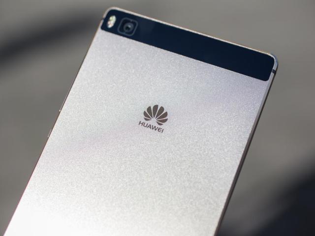 Стільниковий телефон Huawei Honor 5A, 5C, 5X, Plus на Алиэкспресс: як вибрати і замовити? Який телефон Huawei Honor краще: огляд, характеристики, порівняння