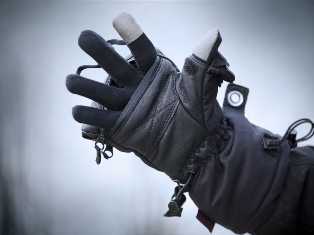 Де купити рукавички? Як придбати на Алиэкспресс чоловічі, жіночі та дитячі зимові рукавички в'язані, вовняні, непромокальні, сенсорні: огляд, каталог, ціна