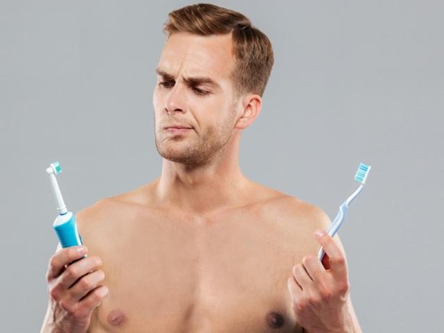 Як правильно чистити зуби електричної та ультразвукової зубною щіткою дорослим і дітям: поради стоматологів. Як користуватися електричною зубною щіткою для чищення зубів: інструкція, відео. Як вибрати і купити електричну зубну щітку на Алиэкспресс