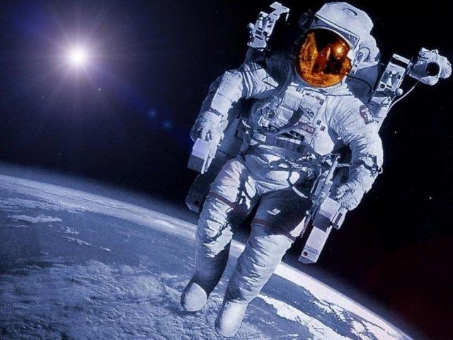Топ-10 фільмів про зірках, планетах і неземних цивілізаціях. Кращі фільми про космос