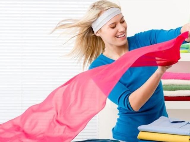 Як правильно прати штори в пральній машині, вручну? Як прати рулонні штори, римські, з люверсами, нитяні, з поліестеру, органзи, капронові, лляні, атласні, оксамитові?
