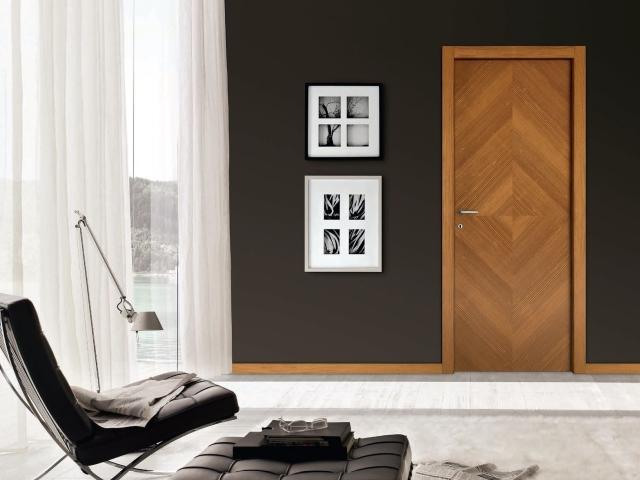 Реставрація та оновлення вхідних металевих дверей зовні своїми руками: ідеї, поради, фото. Реставрація зовнішнього напилення металевих дверей своїми руками: ідеї, поради, фото. Красиво оформлені вхідні двері своїми руками зовні: фото