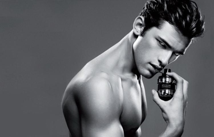 Популярні парфуми в 2019 році: огляд новинок парфумерії для ділових, спортивних, чуттєвих чоловіків