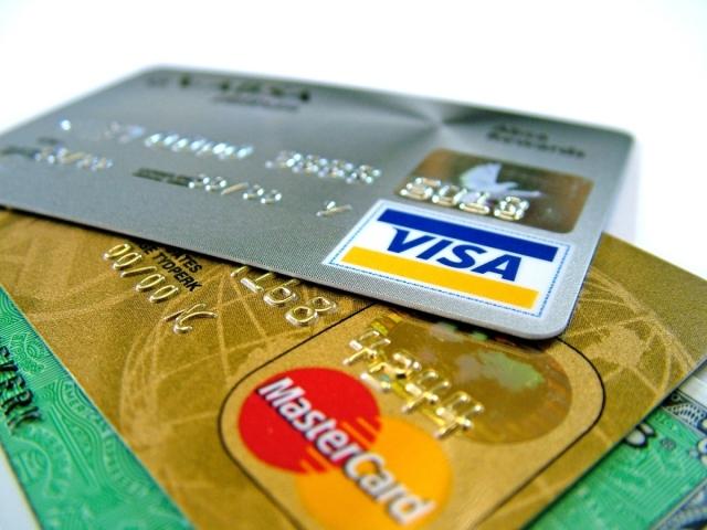 Як зареєструвати і прив'язати банківську карту на Алиэкспресс з мобільного телефону: інструкція. Як зберегти дані банківської картки в мобільному додатку Алиэкспресс для оплати наступного замовлення?