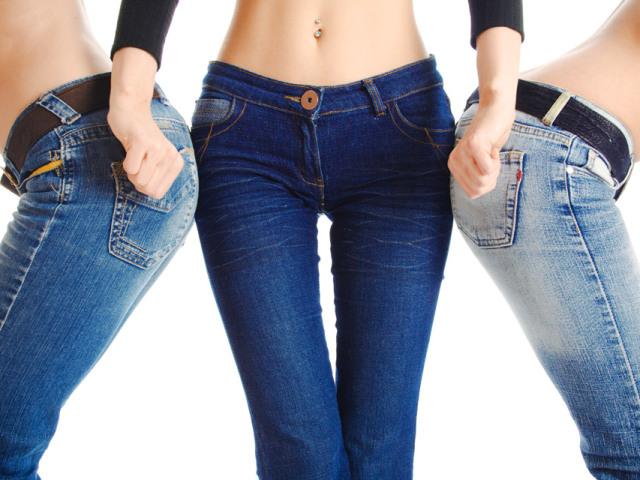 Як зробити джинси менше? Як випрати або що потрібно зробити, щоб джинси сіли на один розмір: поради, рекомендації, рецепти. На скільки сантиметрів максимально можуть сісти джинси? Сідають чи джинси стрейч, з поліестером і еластаном після прання?