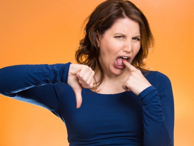 Присмак крові в роті вранці, після кашлю, бігу, постійно: причини і симптоми якихось хвороб у жінок і чоловіків? Від чого присмак крові в роті при вагітності? Як позбутися присмаку крові в роті: лікування