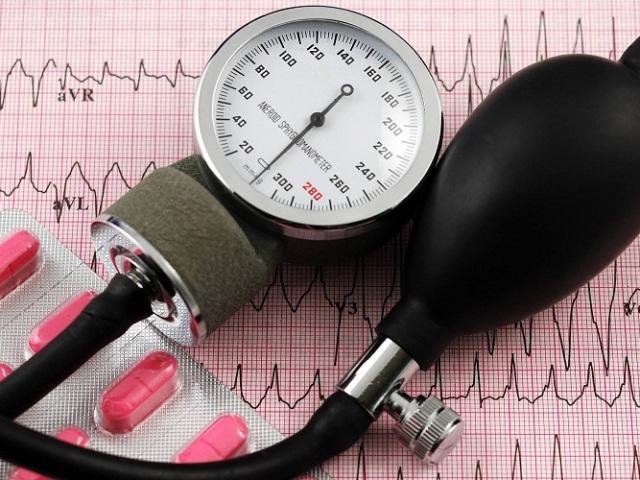 Як знизити підвищений нижнє тиск в домашніх умовах медикаментами, засобами народної медицини, дієтою, алкоголем, швидко дорослому, дитині? Висока нижнє тиск: причини і симптоми, заходи профілактики для його зниження