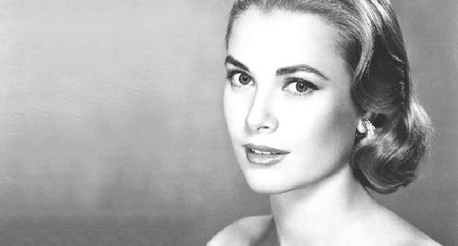 Найкрасивіші королеви та принцеси світу: топ-16