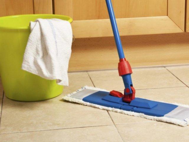Миття підлоги: прикмети і рекомендації