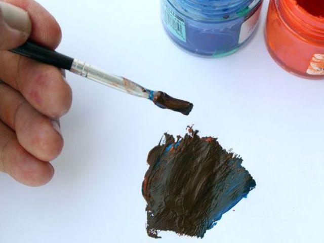 Який колір вийде при змішуванні синього і оранжевого: основний колір і додаткові відтінки