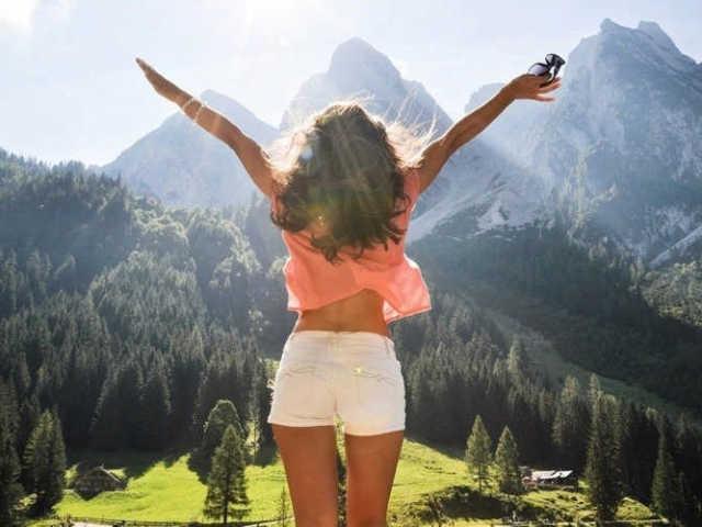 Причини та ознаки заниженої самооцінки. Як підняти самооцінку, впевненість в собі і поліпшити якість життя: 15 реальних способів