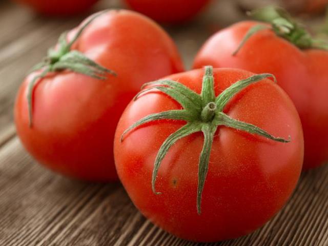 Як правильно говорити, писати: багато стиглих помідор або помідорів? Слово помідори — відмінювання за відмінками у множині: приклад