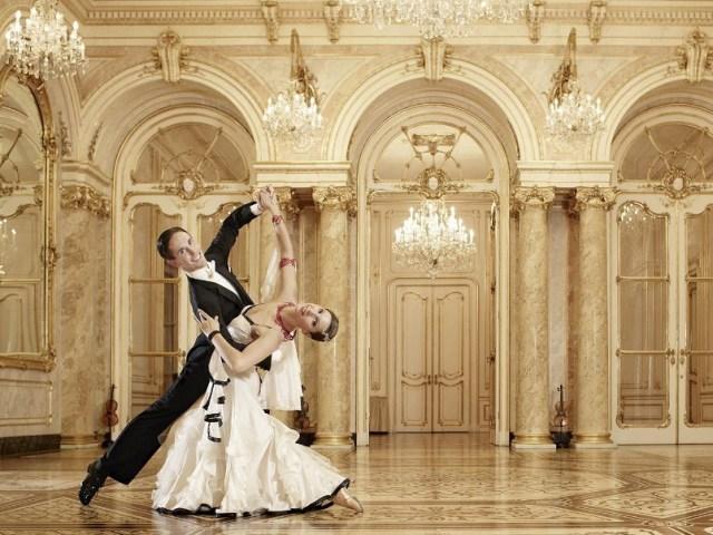 Види вальсу: як навчитися танцювати вальс, як ефективно навчатися танцювати вальс в домашніх умовах? Особливості правильної техніки вальсу. Практичні рекомендації для оволодіння технікою вальсу